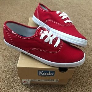 Brand New Keds in Box Size 6